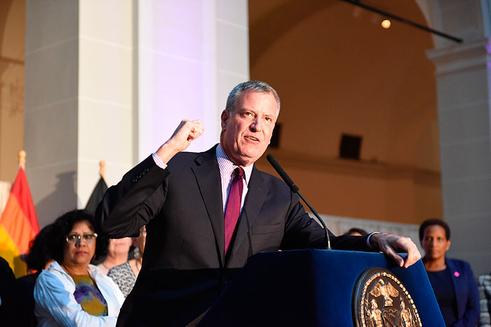 Mayor of New York, Bill De Blasio, Calls for Inquiry into President Trump's Alleged Tax Evasion