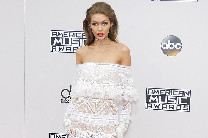 Gigi Hadid and Zayn Malik Share First Family Photo of Their Baby Daughter