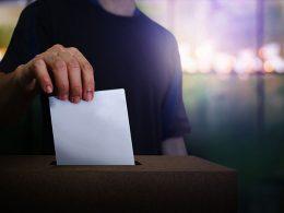 Migos Rapper, Offset, Feeds Voters Waiting in Line in Atlanta, Georgia