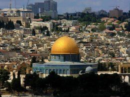 Saeb Erekat, Top Palestinian Peace Negotiator with Israel, Dies at 65