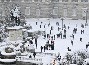 Devastating Snowstorm Tears through Central Spain; Leaves Four Dead